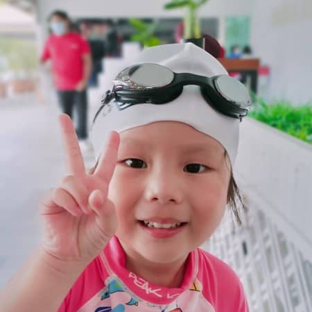 Swimming Lessons In Singapore Student